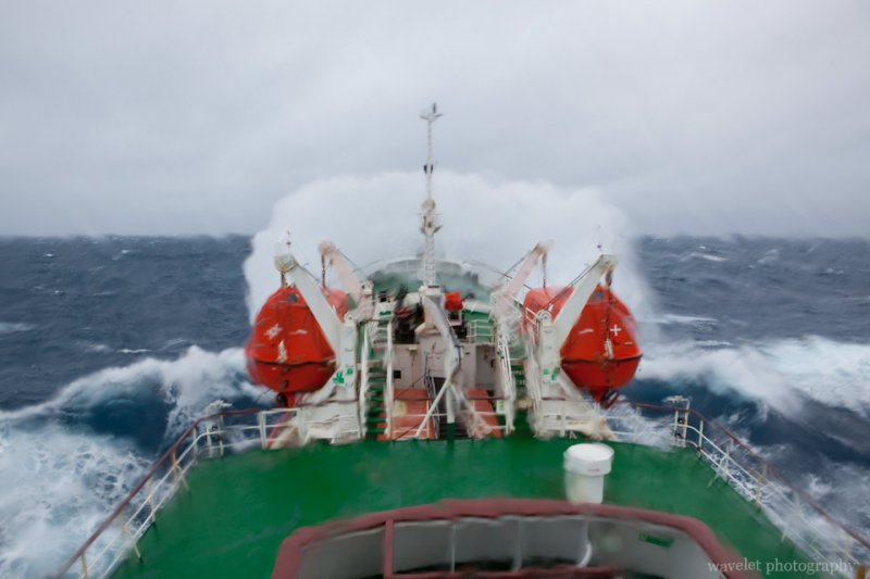 Huge Waves in Drake Passage