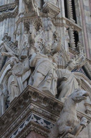 Facade statues of the Duomo, Siena