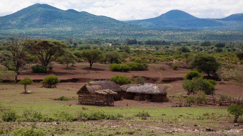 Massai Cottage near Lake Eyasi