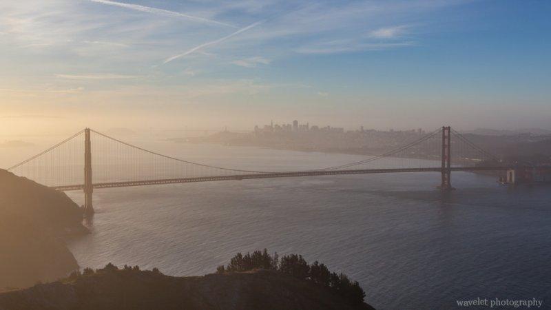 View Golden Gate Bridge from Hawk Hill