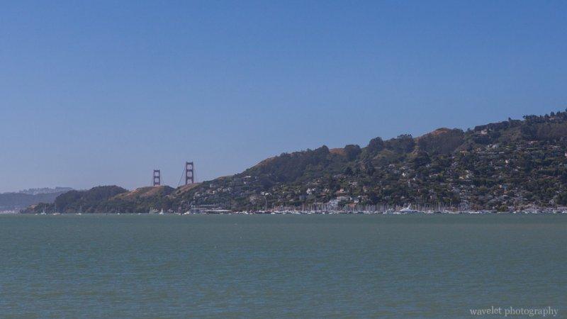 Overlook Richardson Bay and Golden Gate Bridge from Tiburon's Boardwalk