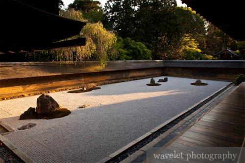 Ryoan-ji Temple (竜安寺)