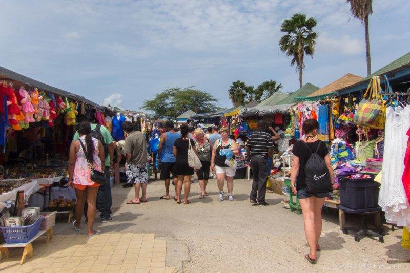 Flee market, Oranjestad, Aruba