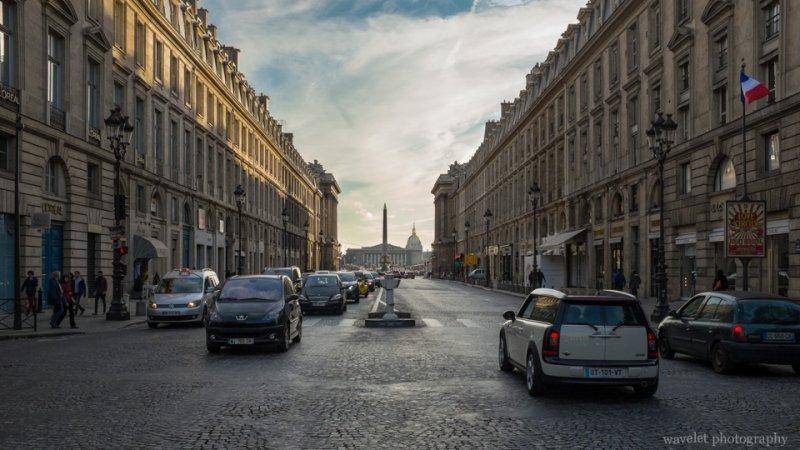Overlook Place de la Concorde through Rue Royale, Paris