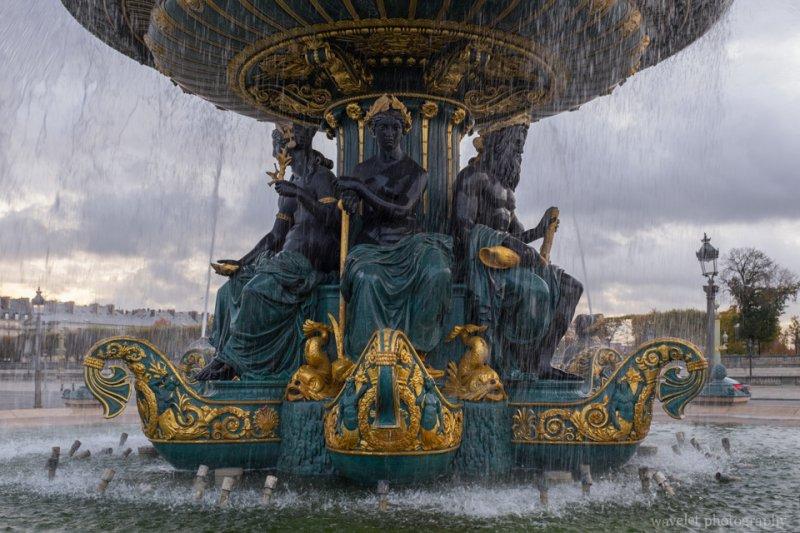 La Fontaine des Mers, Place de la Concorde, Paris