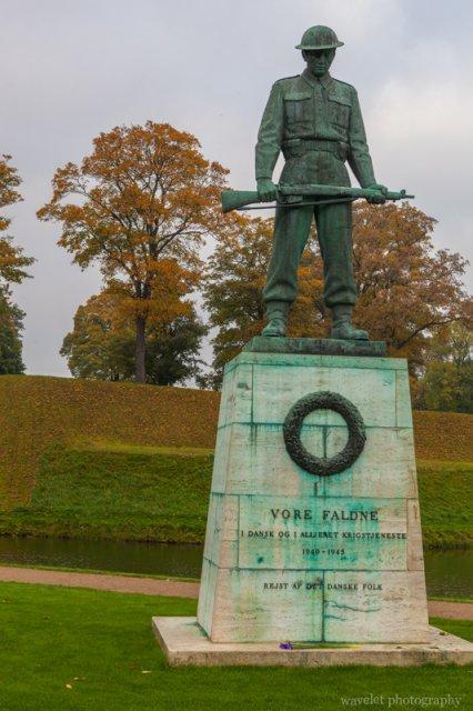 Our Fallen statue, Copenhagen