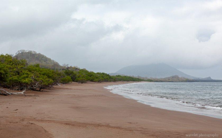 Espumilla Beach, Santiago Island