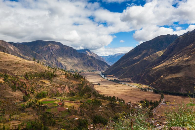 Overlook the entrance of Urubamba Valley