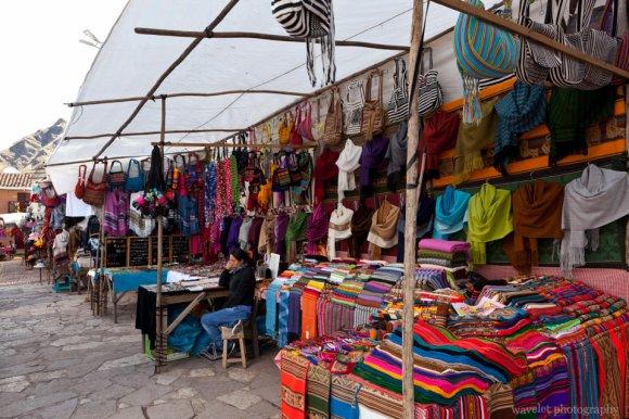 Andean Crafts, Písac Market
