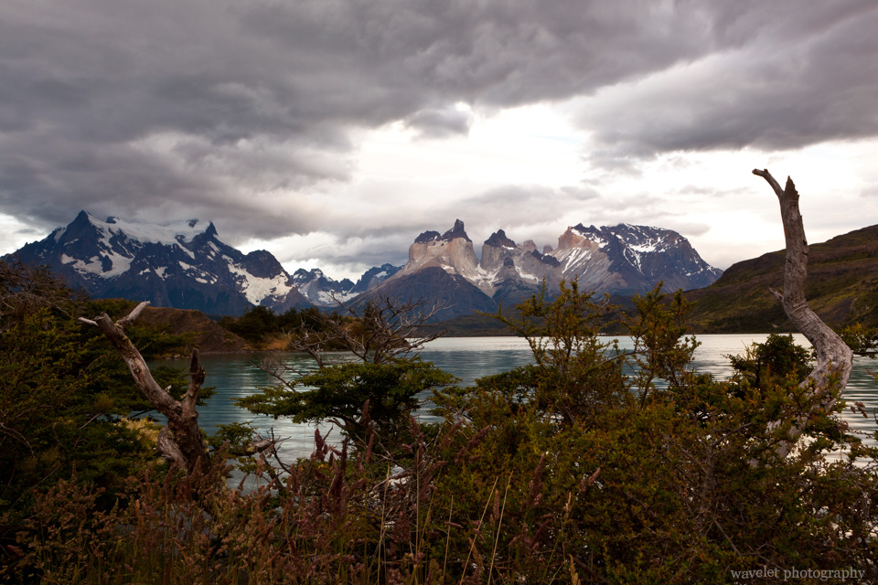 Lago Pehoé and Cuernos del Paine