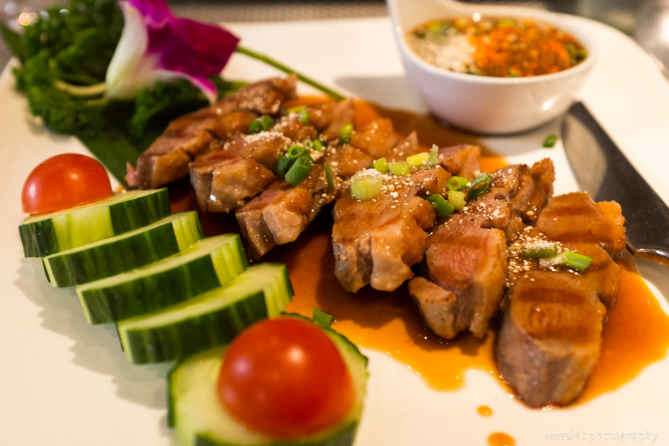 Canard au tamarins, Khao Thai on Rue Dauphine, Paris