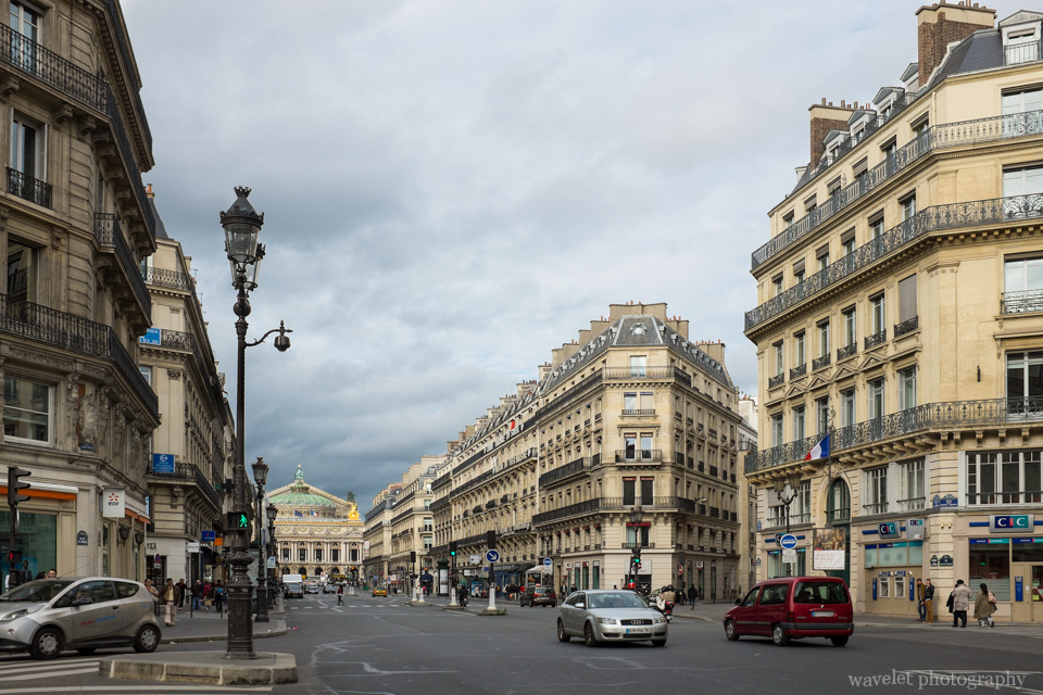 Avenue de l\'Opéra with the Place de l\'Opéra at its northwest end, Paris
