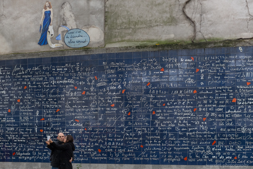 Le mur des je t\'aime -  - \'I Love You\' wall, Montmartre, Paris