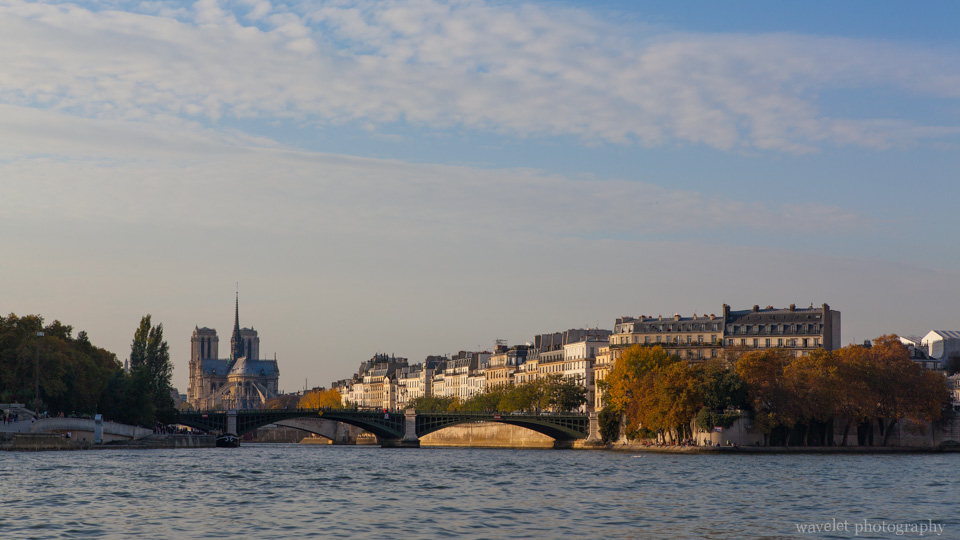 Notre Dame on Île de la Cité and the eastern end of Île Saint-Louis, Paris